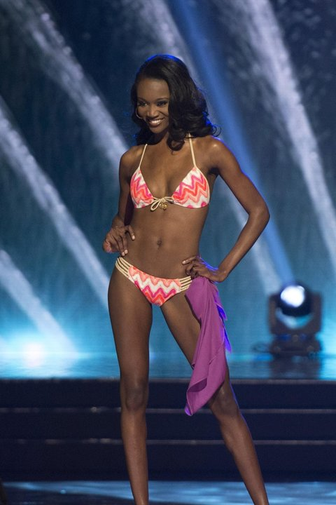 Miss District of Columbia Deshauna Barber walks in the swimsuit competition during the 2016 Miss USA pageant in Las Vegas, Sunday, June 5, 2016. (Jason Ogulnik/Las Vegas Review-Journal via AP) LOCAL TELEVISION OUT; LOCAL INTERNET OUT; LAS VEGAS SUN OUT